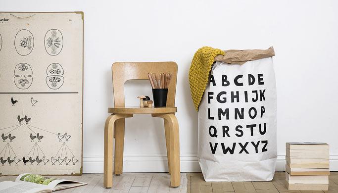 ambiance-chambre-enfant-rangement-sac-papier-abc-tellkiddo