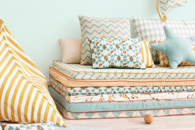 matelas de sol. Black Bedroom Furniture Sets. Home Design Ideas