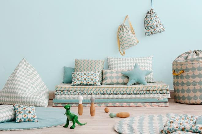 matelas au sol matelas de matelas paissi matelas dtudiant. Black Bedroom Furniture Sets. Home Design Ideas