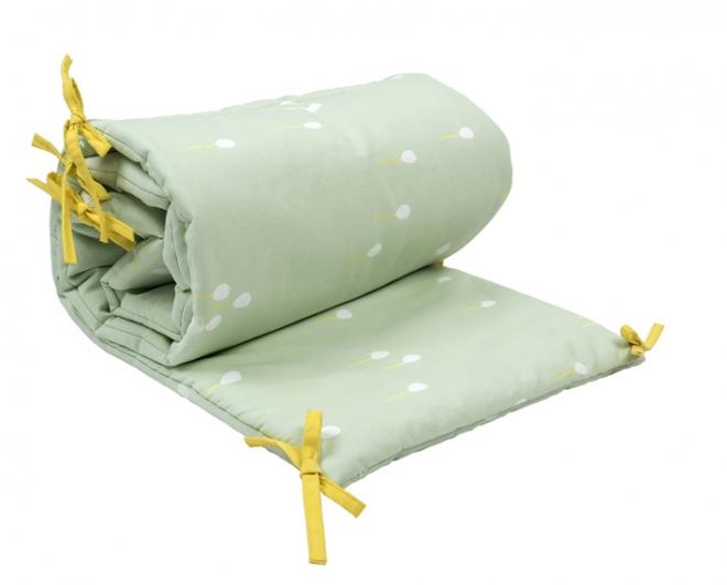 tour de lit 60x120 ballons mimi lou vert pastel file. Black Bedroom Furniture Sets. Home Design Ideas