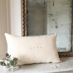 Coussin Love 55x35