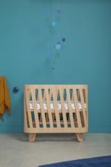 Lit bébé évolutif Muka + matelas