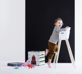 Chaise haute Flexa Baby avec barre de sécurité