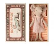 Doudou souris Grande Sœur dans sa boîte