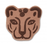 Tête de léopard tuftée